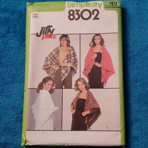 UN-CIRCULATED 1977 SIMPLICITY #8302 - LADIES RETRO